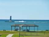 215 Lakeshore Drive - Photo 13