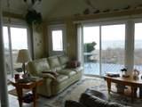 3861 Lakeview Drive - Photo 11