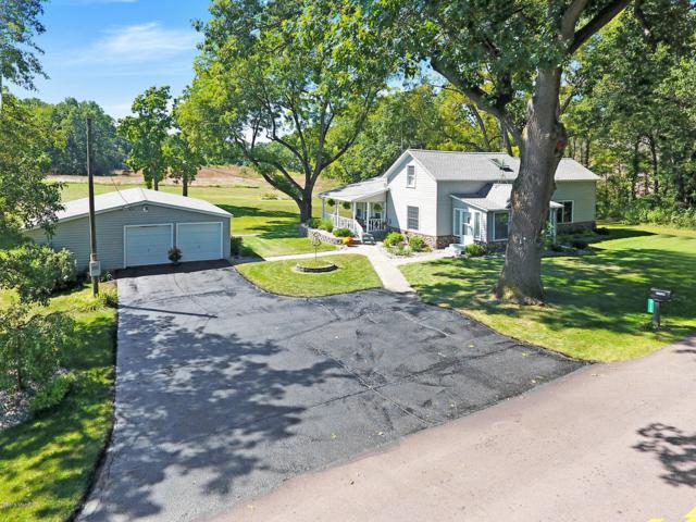 27125 Drape Road, Lawton, MI 49065 (MLS #18047647) :: Matt Mulder Home Selling Team