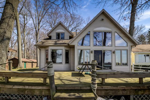 3787 England Drive, Shelbyville, MI 49344 (MLS #17011285) :: Matt Mulder Home Selling Team