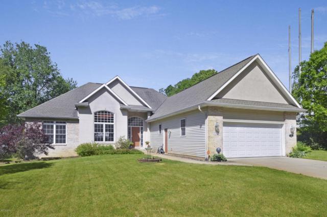7337 Stoney Creek Drive, Augusta, MI 49012 (MLS #17026392) :: Matt Mulder Home Selling Team