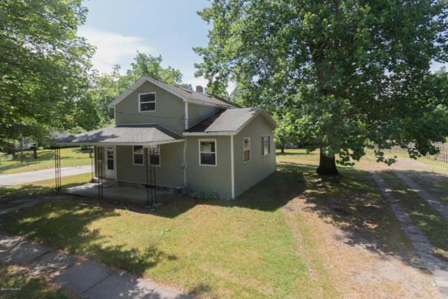 217 W Morrell Street, Otsego, MI 49078 (MLS #17028625) :: Matt Mulder Home Selling Team