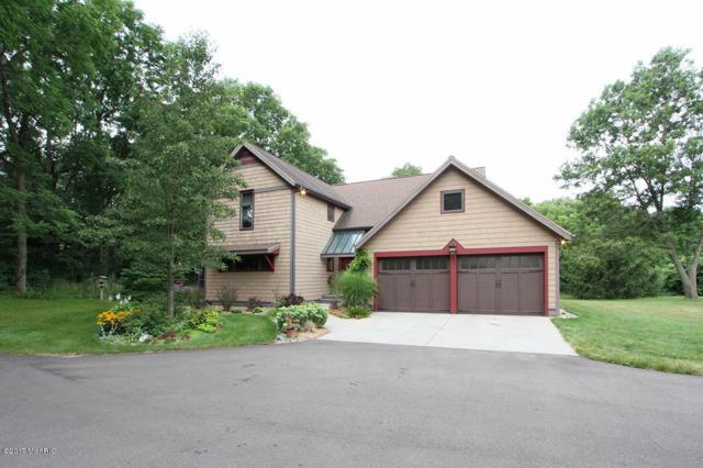 5930 S 6th Street, Kalamazoo, MI 49009 (MLS #17029972) :: Matt Mulder Home Selling Team