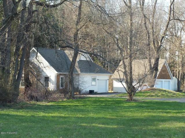 16099 E B Avenue, Augusta, MI 49012 (MLS #17030099) :: Matt Mulder Home Selling Team