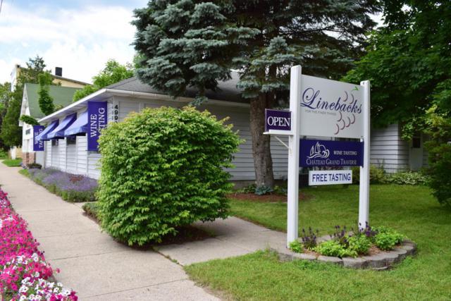 4990 Main Street, Onekama, MI 49675 (MLS #17033795) :: Deb Stevenson Group - Greenridge Realty