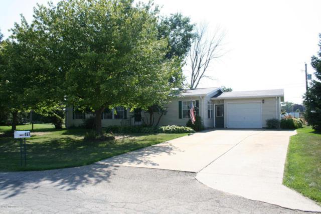 197 Karen Drive, Galien, MI 49113 (MLS #17036479) :: Deb Stevenson Group - Greenridge Realty