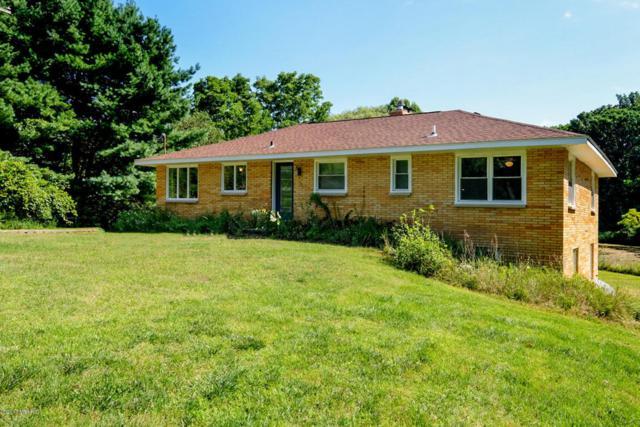 6319 Winding Lane, Richland, MI 49083 (MLS #17041232) :: Matt Mulder Home Selling Team