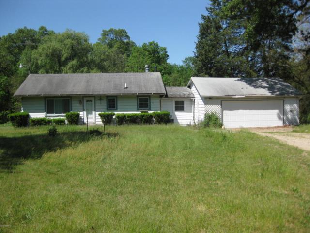 6750 Marsh Road, Plainwell, MI 49080 (MLS #17041512) :: Matt Mulder Home Selling Team