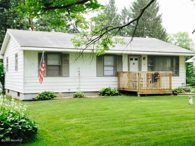 139 Maplehurst, Battle Creek, MI 49017 (MLS #17041723) :: Matt Mulder Home Selling Team
