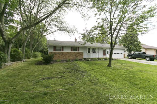 251 S Taft Street, Zeeland, MI 49464 (MLS #17041855) :: Matt Mulder Home Selling Team