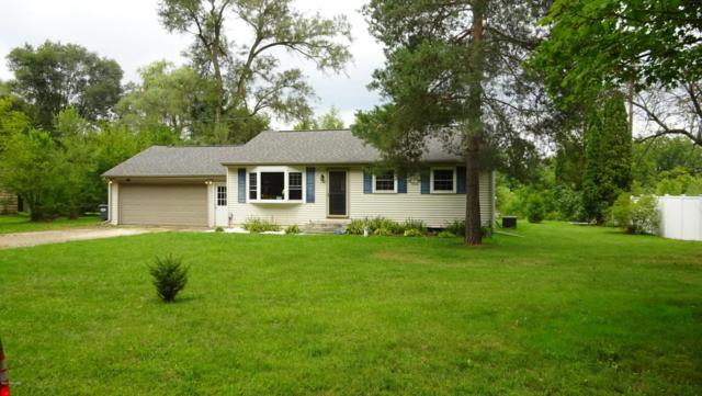 1340 W B Avenue, Plainwell, MI 49080 (MLS #17043752) :: Carlson Realtors & Development