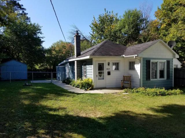 307 Fairview Avenue, Kalamazoo, MI 49001 (MLS #17046099) :: Carlson Realtors & Development