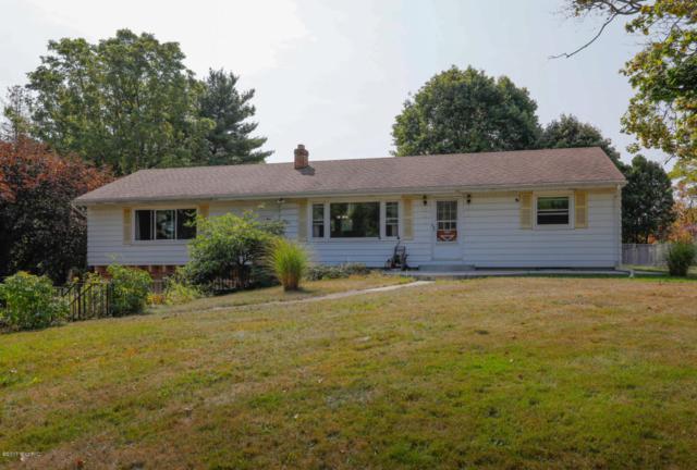 12698 E C Avenue, Augusta, MI 49012 (MLS #17047285) :: Matt Mulder Home Selling Team