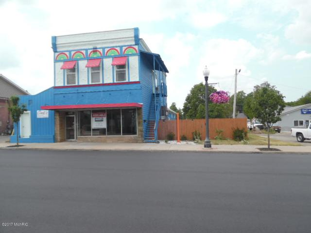 135 N Main, Wayland, MI 49348 (MLS #17047724) :: Deb Stevenson Group - Greenridge Realty