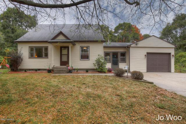 981 6 Mile Road NW, Comstock Park, MI 49321 (MLS #17047764) :: Matt Mulder Home Selling Team