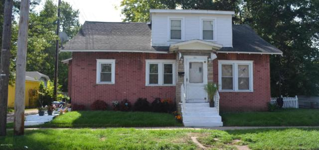 310 E May Street, Benton Harbor, MI 49022 (MLS #17048536) :: Carlson Realtors & Development