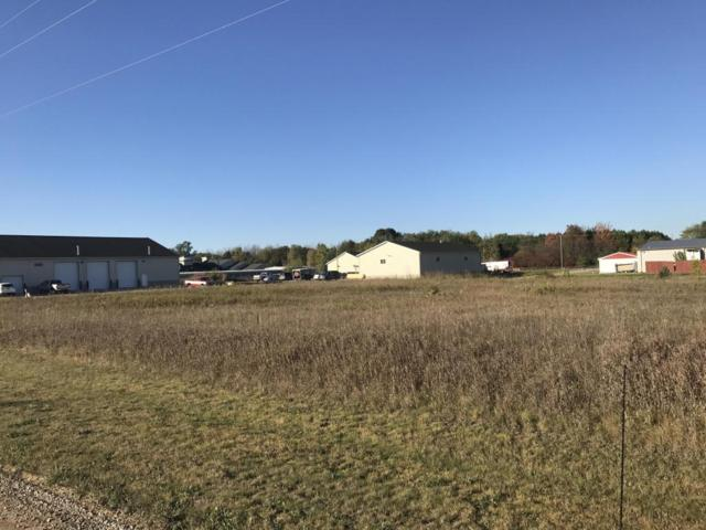 Par 7 Lake Montcalm, Howard City, MI 49329 (MLS #17050282) :: Carlson Realtors & Development