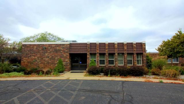 99 Walker Street, Lawton, MI 49065 (MLS #17050477) :: Matt Mulder Home Selling Team