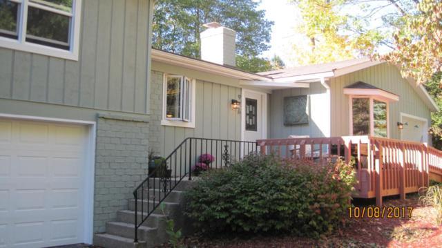 976 S 4th Street, Kalamazoo, MI 49009 (MLS #17050639) :: Matt Mulder Home Selling Team
