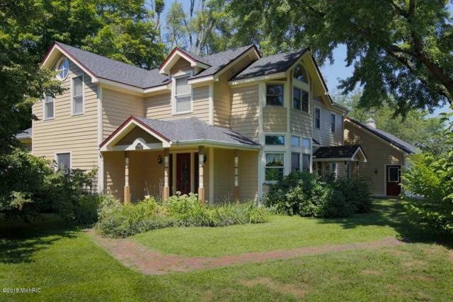 15083 E C Avenue, Augusta, MI 49012 (MLS #17051061) :: Matt Mulder Home Selling Team