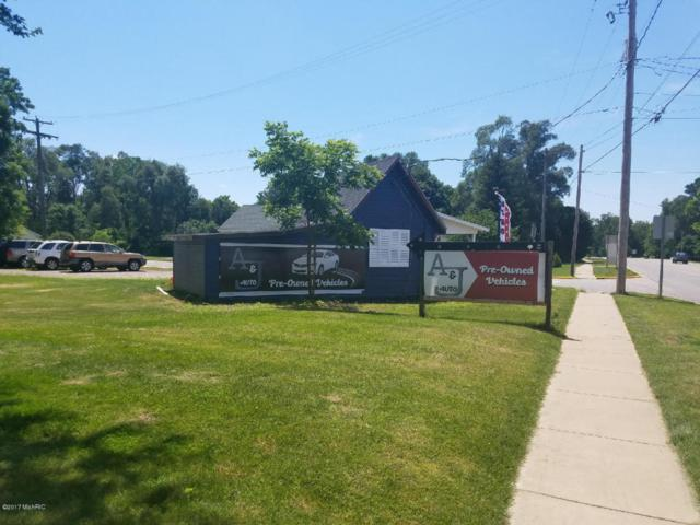 541 W Allegan, Otsego, MI 49078 (MLS #17051147) :: Matt Mulder Home Selling Team
