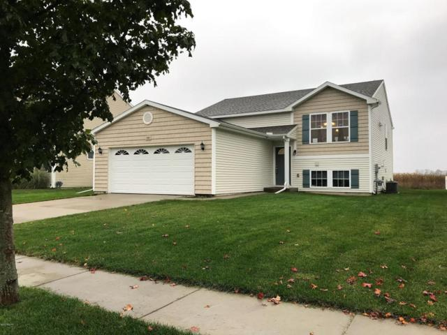 1730 Grovenberg Court, Vicksburg, MI 49097 (MLS #17051516) :: Matt Mulder Home Selling Team