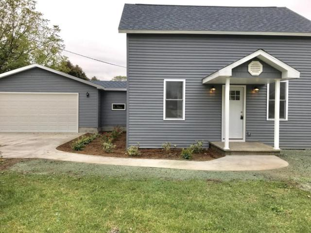 922 Pine Street, Ludington, MI 49431 (MLS #17051722) :: Deb Stevenson Group - Greenridge Realty