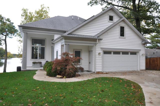 848 E Eagle Lake Drive, Kalamazoo, MI 49009 (MLS #17051861) :: Matt Mulder Home Selling Team