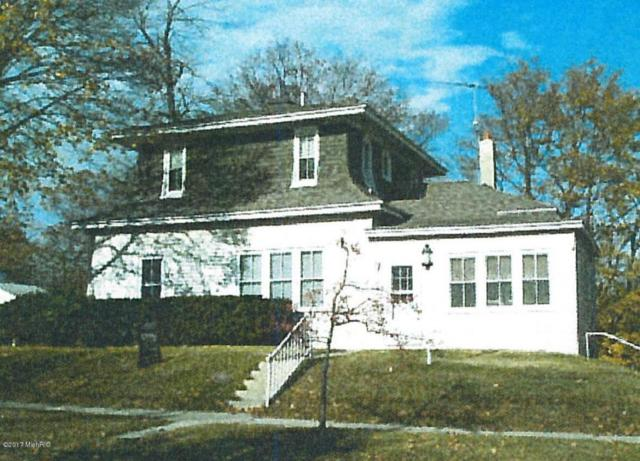 10 Magill Street, Manistee, MI 49660 (MLS #17051951) :: Deb Stevenson Group - Greenridge Realty
