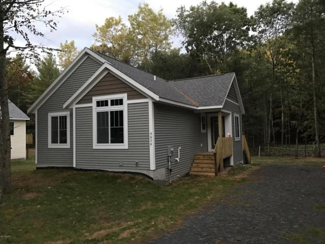 9079 Paulina, Pentwater, MI 49449 (MLS #17051970) :: Deb Stevenson Group - Greenridge Realty