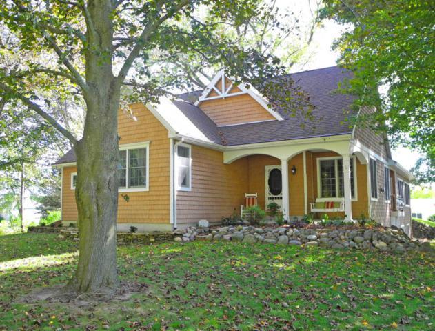 10343 W Rs Avenue, Mattawan, MI 49071 (MLS #17051993) :: Matt Mulder Home Selling Team