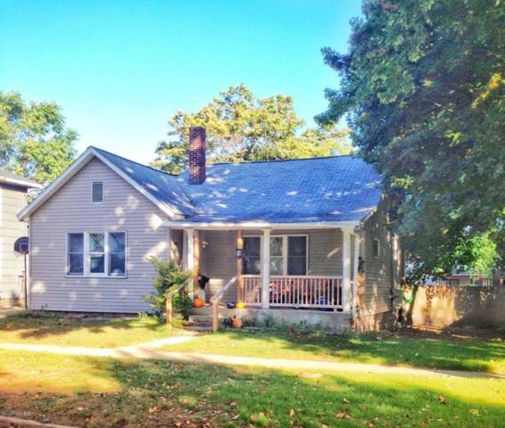 405 Fifth Street, Ludington, MI 49431 (MLS #17052076) :: Deb Stevenson Group - Greenridge Realty