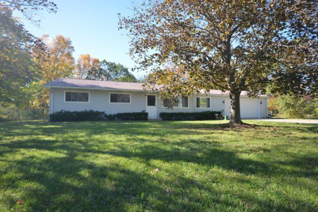 17975 9 1/2 Mile Rd, Battle Creek, MI 49014 (MLS #17052327) :: Matt Mulder Home Selling Team