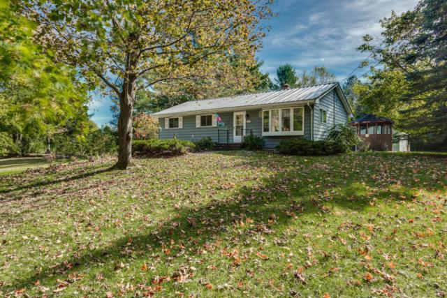 6969 W N Avenue, Kalamazoo, MI 49009 (MLS #17052358) :: Matt Mulder Home Selling Team