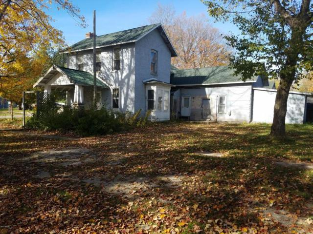 412 Maple, Luther, MI 49656 (MLS #17052705) :: 42 North Realty Group