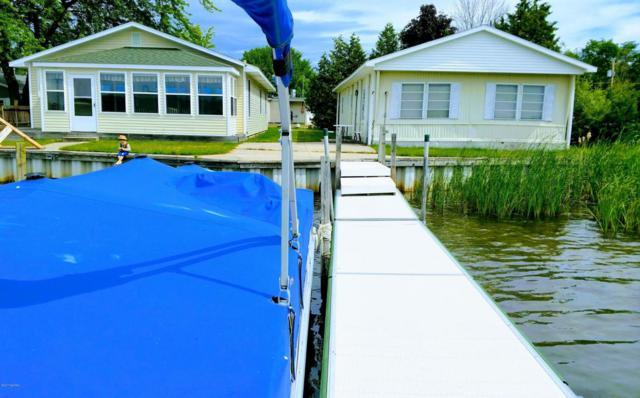 4977+4985 Dock Street, Onekama, MI 49675 (MLS #17055948) :: Deb Stevenson Group - Greenridge Realty