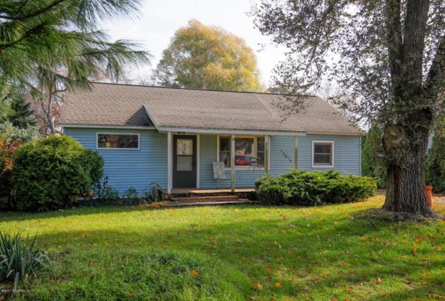 12617 S 18th Street, Vicksburg, MI 49097 (MLS #17056144) :: Carlson Realtors & Development