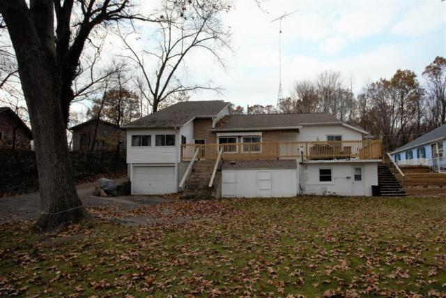 92573 Gravel Lake Drive, Lawton, MI 49065 (MLS #17057420) :: Matt Mulder Home Selling Team