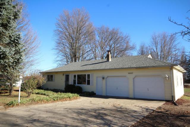 12007 S Sprinkle Road, Vicksburg, MI 49097 (MLS #17057931) :: Matt Mulder Home Selling Team