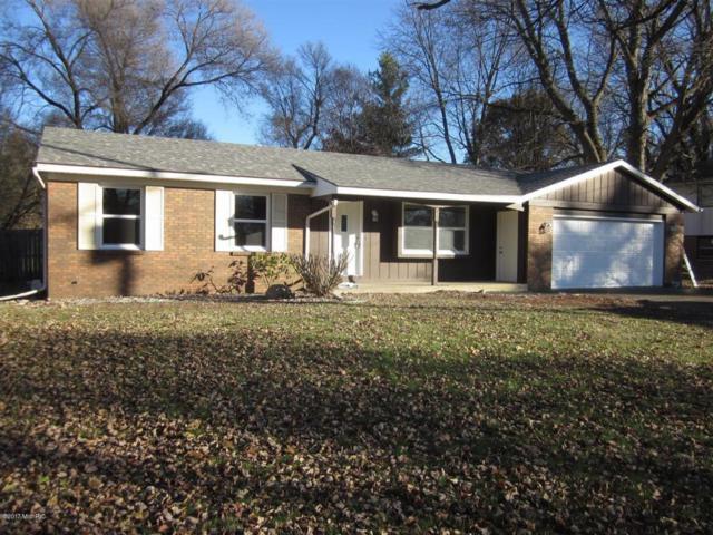 2489 Fairgrove Street, Kalamazoo, MI 49009 (MLS #17058076) :: Matt Mulder Home Selling Team