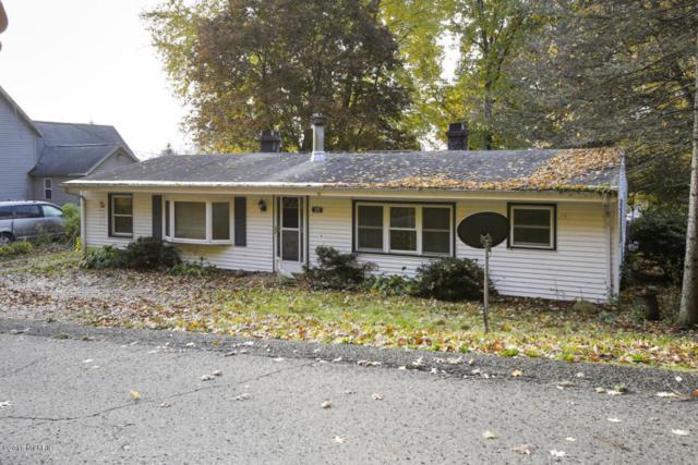203 W Washington Street, Augusta, MI 49012 (MLS #17058476) :: Matt Mulder Home Selling Team