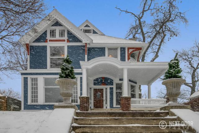 334 Union Avenue SE, Grand Rapids, MI 49503 (MLS #17058600) :: JH Realty Partners