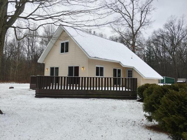 8012 W 140th, Grant, MI 49327 (MLS #17059113) :: Matt Mulder Home Selling Team
