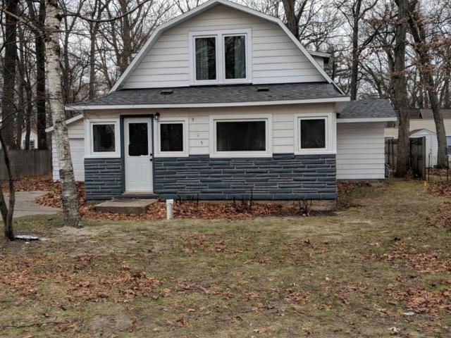 5515 Washington Avenue, Muskegon, MI 49442 (MLS #17059116) :: Matt Mulder Home Selling Team