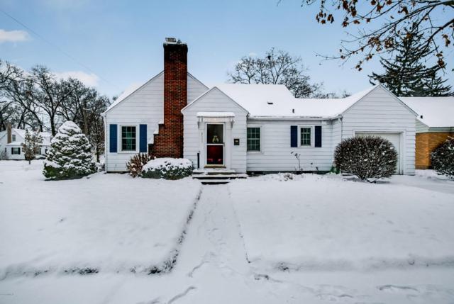 2555 Kentucky Avenue SE, Grand Rapids, MI 49507 (MLS #17059118) :: Matt Mulder Home Selling Team