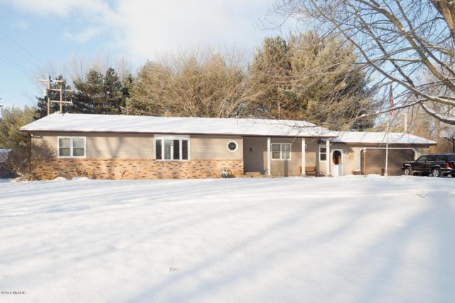 9844 S 10th, Schoolcraft, MI 49087 (MLS #18000762) :: Carlson Realtors & Development