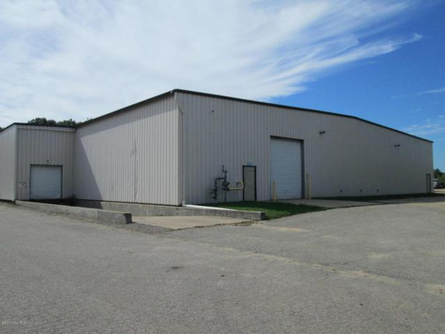 2108 W Shawnee, Baroda, MI 49101 (MLS #18001635) :: JH Realty Partners