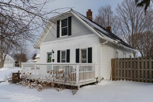 459 Indiana Avenue, South Haven, MI 49090 (MLS #18001721) :: Carlson Realtors & Development