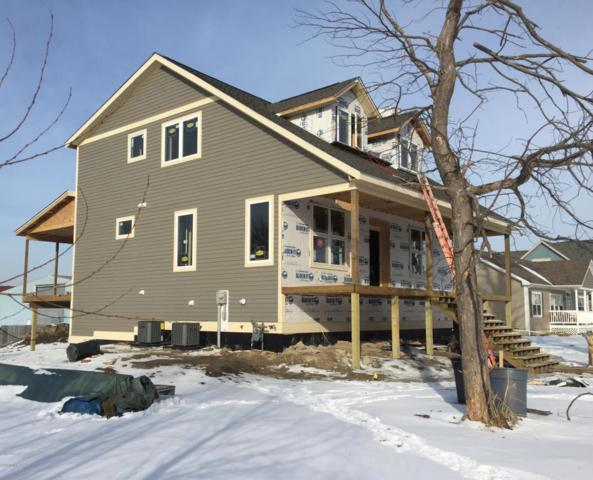 700 W Mechanic Street, New Buffalo, MI 49117 (MLS #18002115) :: Carlson Realtors & Development