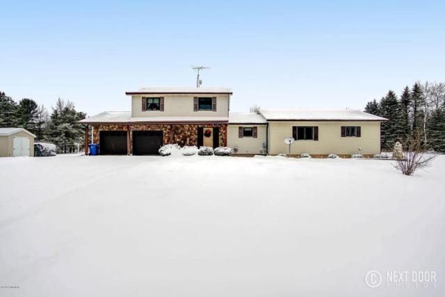 1084 W Johnson Road, Scottville, MI 49454 (MLS #18002830) :: Deb Stevenson Group - Greenridge Realty